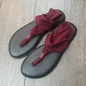 Sanuk Yoga Sling 2 Burgundy Flip Flops 9